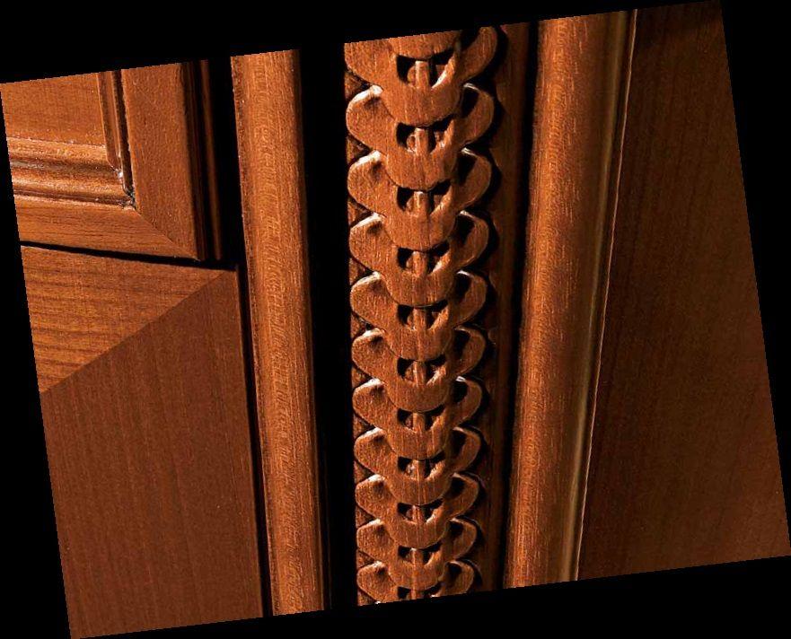element dekoracyjny szafy