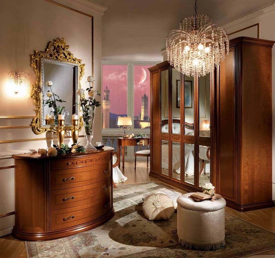 szafa drewnina lustrem w stylu włoskim